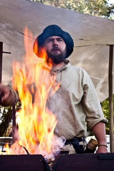 feu de la forge au festival à amiens ( fête au bords de l'eau )